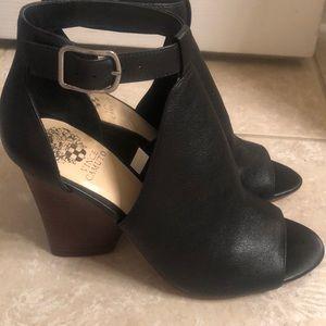 Vince Camuto shoes size 10